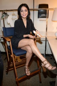 Ванесса Хадженс - фото от папарацци
